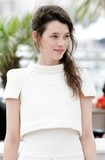 Astrid Berges-Frisbey Photo 1