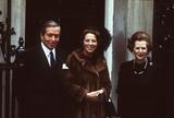 Queen Beatrix Photo - Jim BennettalphaGlobe Photos Inc 016 1982 Queen Beatrix - with Margaret Thatcher and Prince Claus During a State Visit Margaretthatcherretro