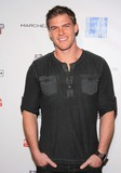 Alan Ritchson Photo 1
