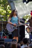 Alana Davis Photo 1