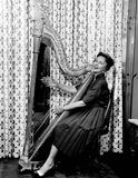 Agnes Moorehead Photo 1