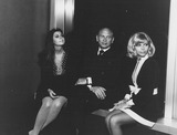 Yul Brynner Photo - Nancy Sinatra Yul Brynner and Tina sinatraucla Honors Frank sinatrasupplied by Globe Photos Inc