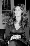 Raquel Welch Photo - Raquel Welch at Her Press Conference 131972 8711 Photo by Phil RoachipolGlobe Photos Inc