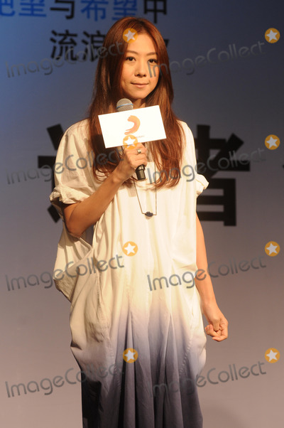 Photos From Cheer Chan promotes album in Shanghai