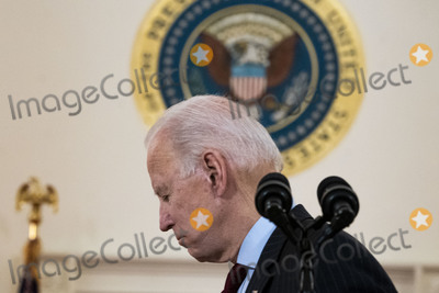 Photo - Biden Addresses Nation Marking 500000 COVID-19 Deaths in the US