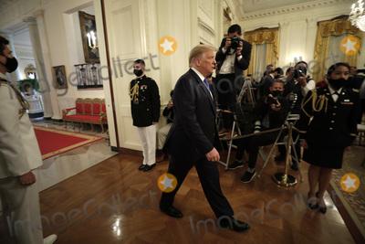 Photo - Donald Trump Honors Bay of Pigs Veterans