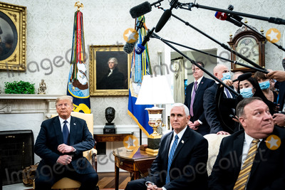 Photos From Trump Meets Duda in the Oval Office