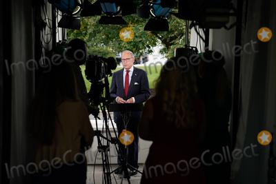 Photo - Larry Kudlow Speaks to Media
