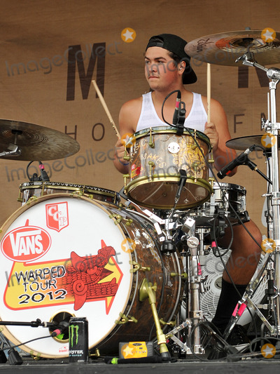 Photo - Emilys Army Play Vans Warped Tour