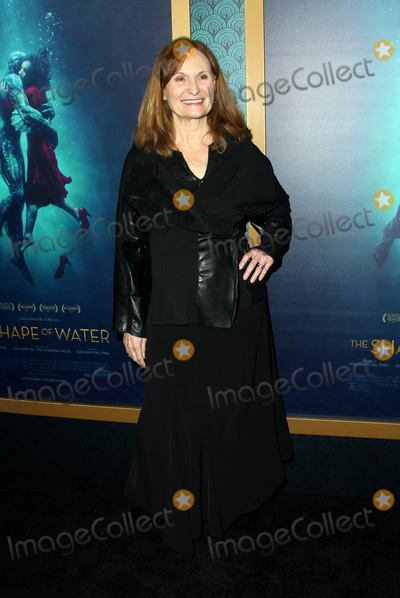 Photos From The Shape Of Water Premiere