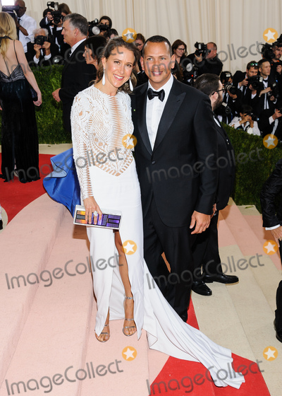 Anne Wojcicki Photo - 02 May 2016 - New York New York- Alex Rodriguez Anne Wojcicki  Metropolitan Museum of Art Costume Institute Gala Manus x Machina Fashion in the Age of Technology Photo Credit Christopher SmithAdMedia