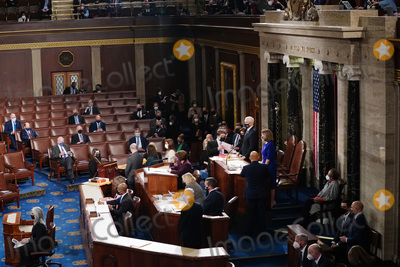 Photo - Congress Meets to Certify Electoral College Vote at the US Capitol
