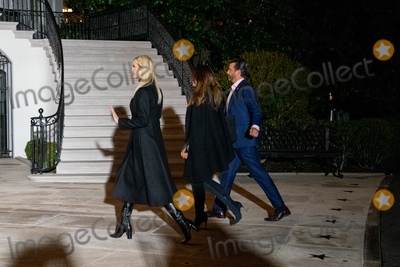 Photo - US President Donald Trumps daughter Ivanka Trump and son Donald Trump Jr return to the White House after a visit to Dalton Georgia in Washington