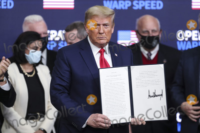 Photos From President Trump holds an Operation Warp Speed Vaccine Summit at the White House