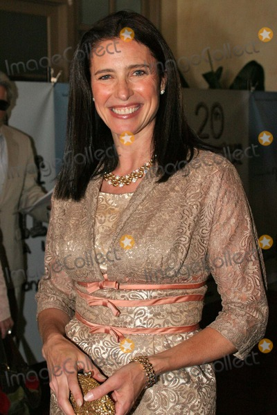 Photos and Pictures - Mimi Rogers at