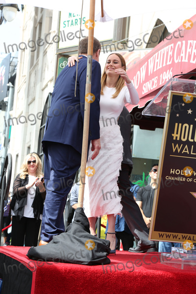 Brie Larson,John Goodman Photo - John Goodman Walk of Fame Star Ceremony