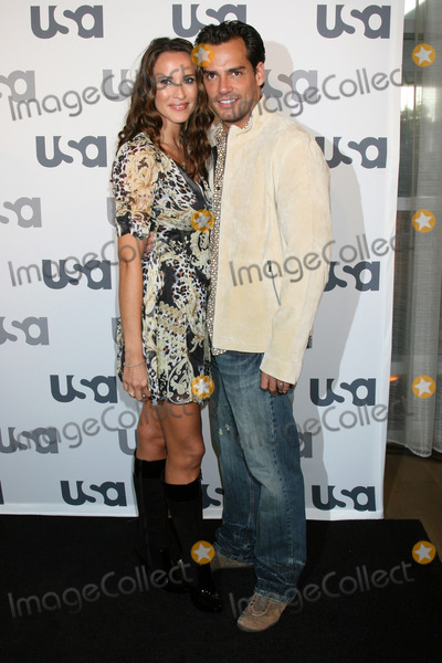 Cristian De La Fuente,Angelica Castro Photo - USA Network 2008 LA Upfront