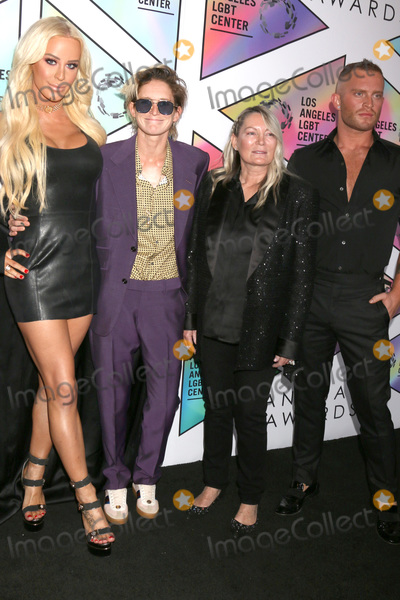 Ariadne Getty Photo - LOS ANGELES - SEP 22  Gigi Gorgeous Nats Getty Ariadne Getty August Getty at the LA LGBT Centers 49th Anniversary Gala at the Beverly Hilton Hotel on September 22 2018 in Beverly Hills CA