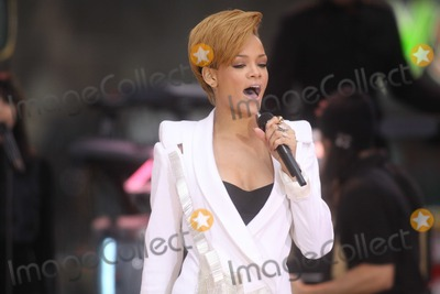 Photos From Rihanna - Archival Pictures - PHOTOlink - 109818