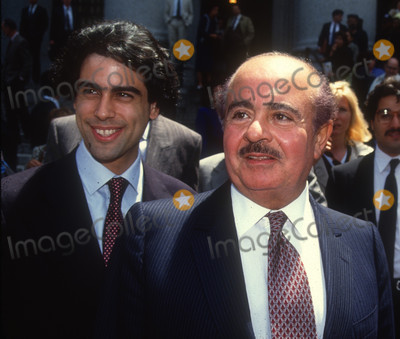 Adnan Kashoggi Photo - Adnan Kashoggi3407JPG1990 FILE PHOTONew York NYAdnan KashoggiPhoto by Adam Scull-PHOTOlinknetONE TIME REPRODUCTION RIGHTS ONLYNO WEBSITE USE WITHOUT AGREEMENTE-TABLETIPAD  MOBILE PHONE APPPUBLISHING REQUIRE ADDITIONAL FEES917-754-8588-CELL eMail INFOcopyrightPHOTOLINKNET