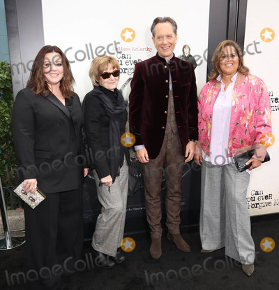 Anna  DEAVERE Smith Photo - Photo by John NacionstarmaxinccomSTAR MAX2018ALL RIGHTS RESERVEDTelephoneFax (212) 995-1196101418Melissa McCarthy Jane Curtin Richard E Grant and Anna Deavere Smith at the premiere of Can U Ever Forgive Me in New York City