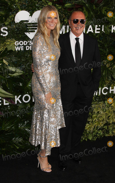 Photo - Photo by Victor MalafrontestarmaxinccomSTAR MAX2017ALL RIGHTS RESERVEDTelephoneFax (212) 995-1196101617Gwyneth Paltrow and Michael Kors at The 11th Annual Gods Love We Deliver Golden Heart Awards in New York City