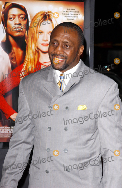 Thomas The Hitman Hearns Photo - Photo by Lee Rothstarmaxinccom200421104Thomas The Hitman Hearns at the world premiere of Against The Ropes(Hollywood CA)