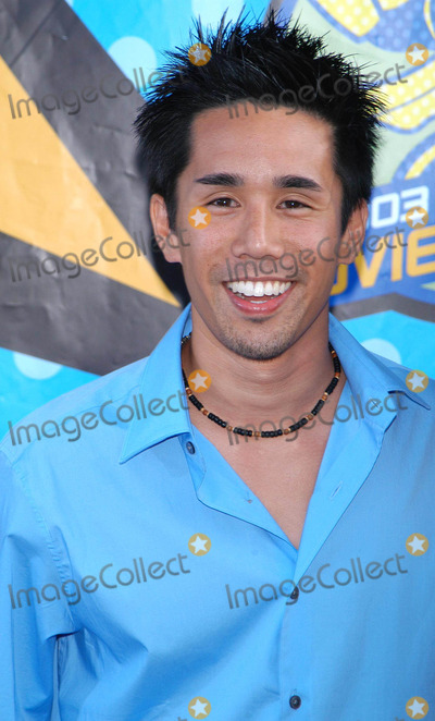 Parry Shen Photo - Photo by Loud  Clear MediaSTAR MAX Inc - copyright 2003  ALL RIGHTS RESERVED 53103Parry Shen at the 2003 MTV Movie Awards(CA)