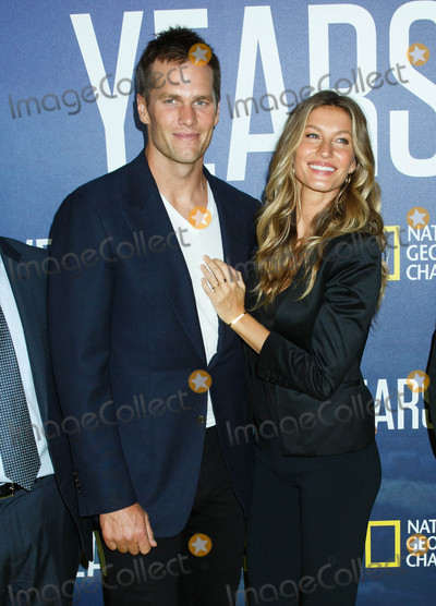 Photo - Photo by SBNstarmaxinccomSTAR MAX2016ALL RIGHTS RESERVEDTelephoneFax (212) 995-119692116Tom Brady and Gisele Bundchen at the premiere of National Geographics Years Of Living Dangerously(NYC)