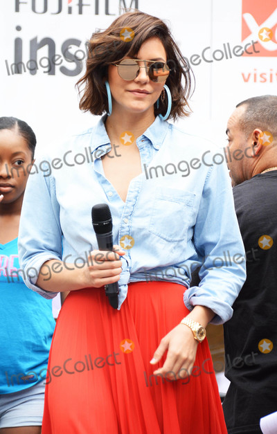 Photos From Katharine McPhee In Bryant Park