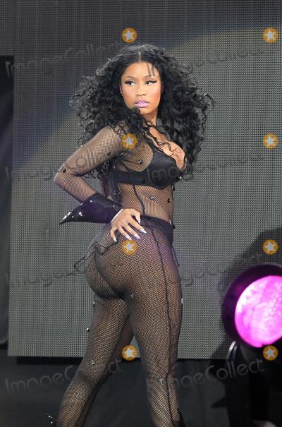 Nicki Minaj,Nicky Minaj Photos - Photo by KGC-102starmaxinccomSTAR MAXCopyright 2015ALL RIGHTS RESERVEDTelephoneFax (212) 995-11967515Nicki Minaj performs in concert at the 2015 Wireless Festival in Finsbury Park(London England UK)