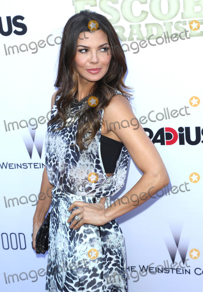 Photo - Ali Landry at the premiere of Escobar Paradise Lost