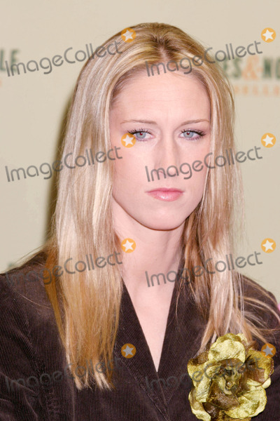 AMBER FREY Photo - Photo by Mitch Gerberstarmaxinccom200511005Amber Frey at a signing for her new book Witness(NYC)