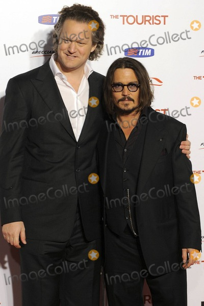 Johnny Deep Photo - Johnny Deep and Florian Henckel Von Donnersmarck at the premiere of The Tourist in Rome Italy 121510