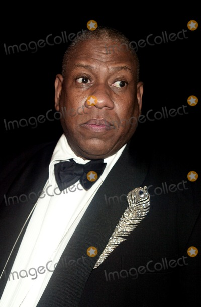 Andr Talley Photo - Andre Leon Talley at Bravehearts Men in Skirts Opening Reception in the Costume Institute of the Metropolitian Museum of Art in New York City on November 3 2003 Photo Henry McgeeGlobe Photos Inc 2003