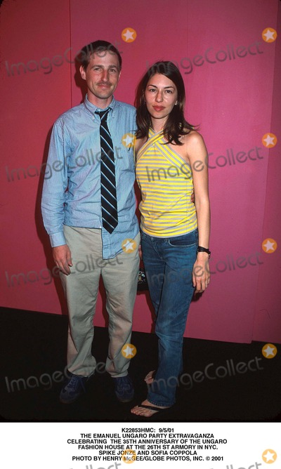 Photos and Pictures - : 9/5/01 the Emanuel Ungaro Party Extravaganza