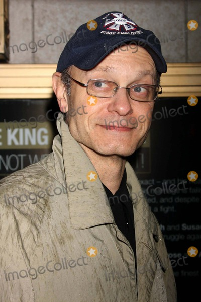 Photo - Exit the King - Archival Pictures - Henrymcgee - 103934