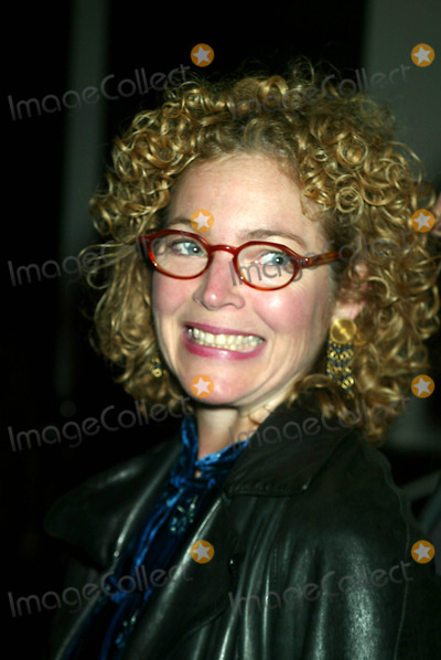 Photo - Archival Pictures - Henrymcgee - 190613