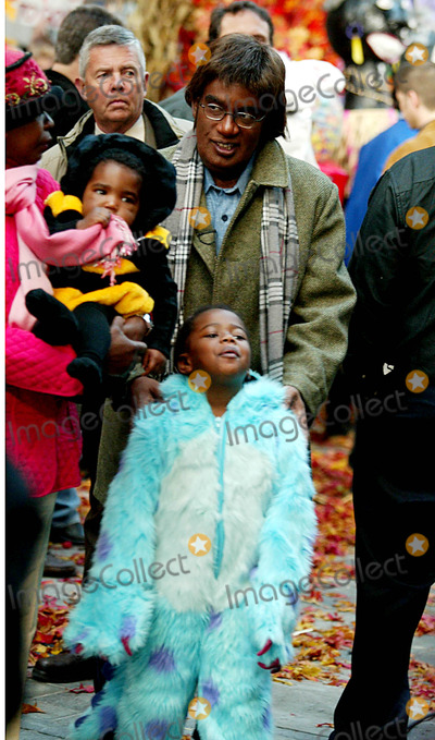 Photo - Archival Pictures - Henrymcgee - 190914
