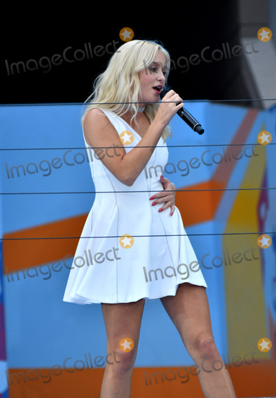 Arthur Ash Photo - August 27 2016 New York CityRecording artist Zara Larsson appeared at the 2016 Arthur Ashe Kids Day at the USTA Billie Jean King National Tennis Center on August 27 2016 in New York City By Line Curtis MeansACE PicturesACE Pictures IncTel 6467670430