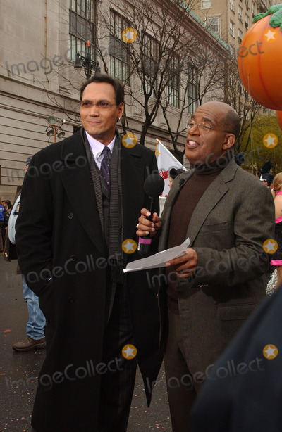 AL ROCKER Photo - New York November 25 2004 JIMMY SMITS and AL Rocker  2004 Macys Thanksgiving Day Parade