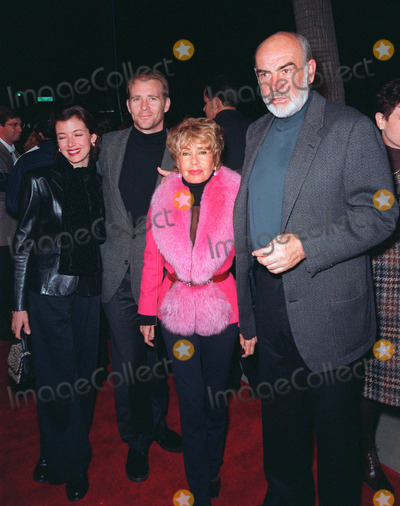 Mia Sara Photo - 10DEC98  Actor SEAN CONNERY (right)  wife MICHELIN with actor son JASON CONNERY  actress wife MIA SARA at world premiere of Seans new movie Playing by Heart in which he stars with Gillian Anderson                   Paul Smith  Featureflash