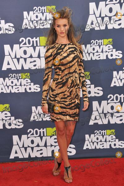Photos From MTV Movie Awards 2011 Arrivals