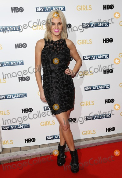 Photo - Girls Premiere