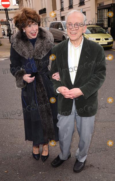 Andrew Sachs Photo - London UK Melody Land and Andrew Sachs at The John Cleese Comedy Roast at Mossimans Restaurant London - November 24 2013Ref LMK392 -46019-251113Vivienne VincentLandmark Media WWWLMKMEDIACOM