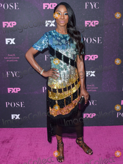 Photo - Red Carpet Event For FXs Pose