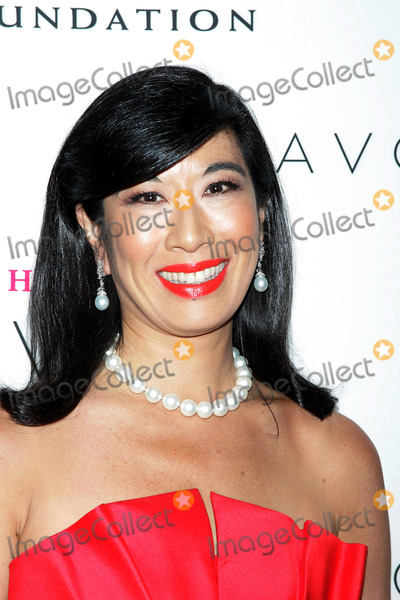 an assessment of andra jungs performance as chief strategist at avon products Avon case study in strategic management (scm) what is your assessment of andrea jung's performance as chief strategist at avon products.