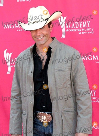 Jason Meadows Photo - 47th Annual Country Music Awards (Arrivals) at the Mgm Grand Garden Arena Las Vegas NV 05-15-2007 Photo by Ed Geller-Globe Photos 2007 Jason Meadows