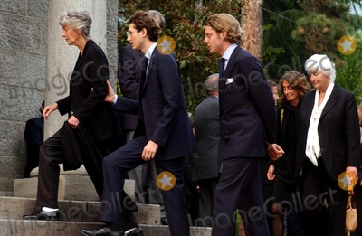 Andrea Agnelli Photo - Gian Mattia DalbertolapresseGlobe Photos Inc 05302004 Villarperosa to Interni Funerali Di Umberto Agnelli Nella Foto Allegra Con I Figli Anna E Andrea Agnelli Alluscita Della Cappella Privata