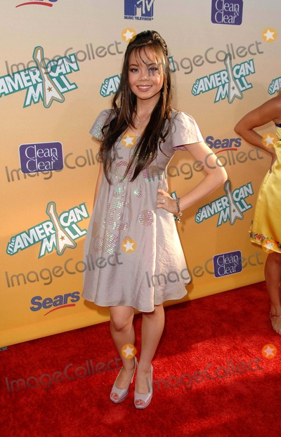Photo - Premiere of the American Mall